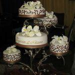 Необычный торт на свадьбу_11